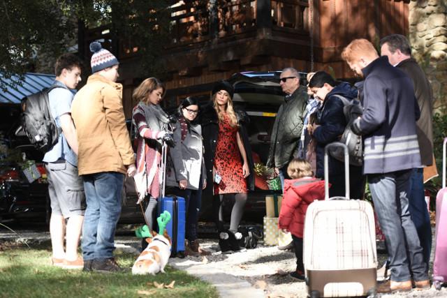 Modern Family 7x09 White Christmas preview - Entertainment Focus