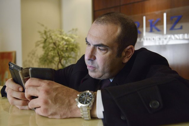 rick hoffman with wife