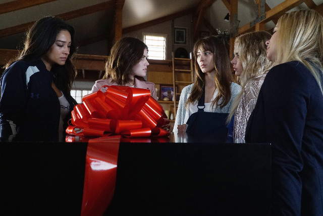 Pretty Little Liars 7x11