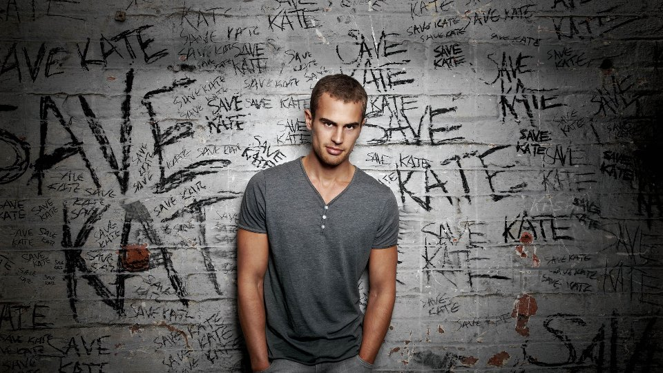 Divergent's Theo James shirtless classics - Entertainment ...