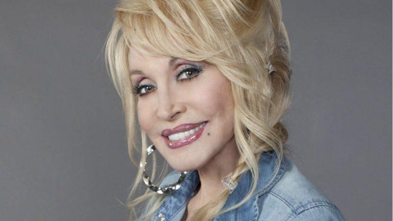 hard candy christmas pip ellwood hughes december 9 2017 dolly parton - Dolly Parton Hard Candy Christmas