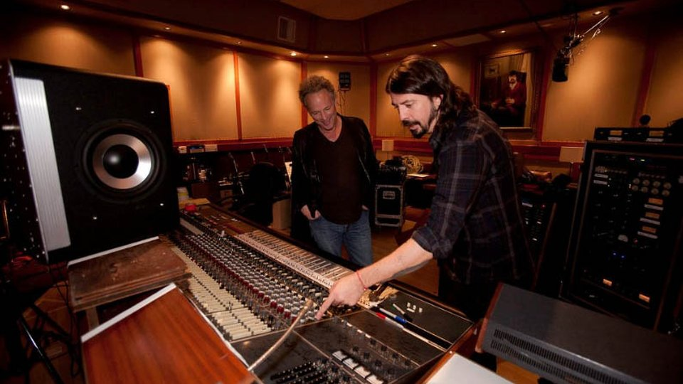 Foo Fighters Document New Album With Hbo Entertainment Focus