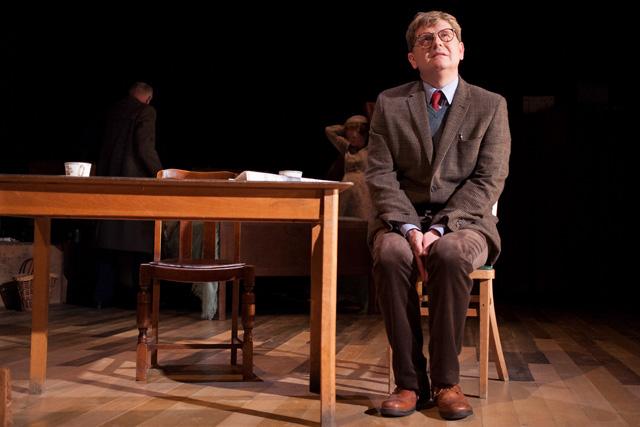 Reece Dinsdale as Alan Bennett. Photographer: Antony Crolla.