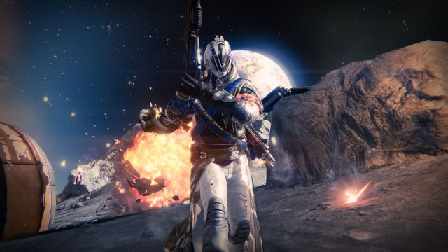 Destiny - Moon_firstlight_skirmish_01_1410174136