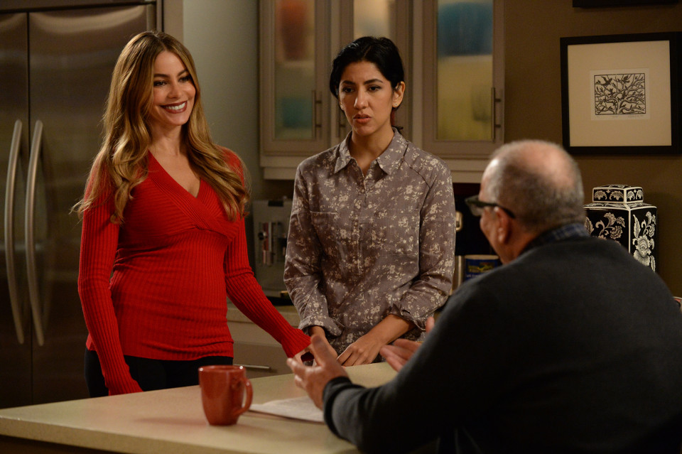 Modern Family season 6 episode 14 Valentine's Day 4: Twisted