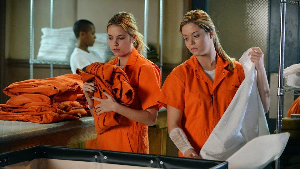Pretty Little Liars season 5 episode 23