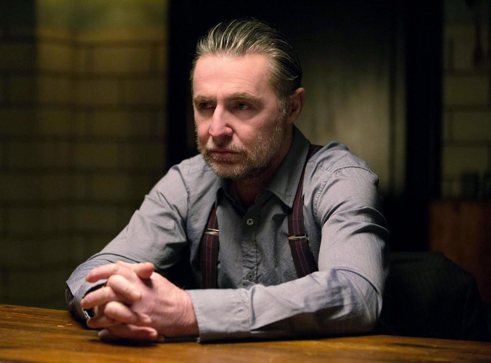 "David O'Hara as Reggie.  Gotham 1, ep. 17 ""Red Hood"""