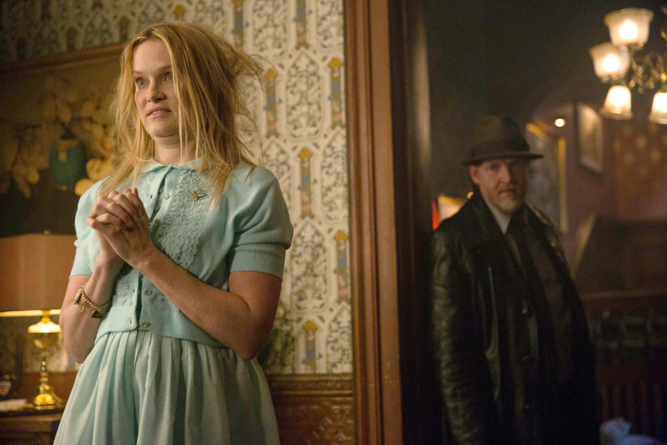 Nicholle Tom as Miriam and Donal Logue as Dtective Harvey Bullock.  Ep18