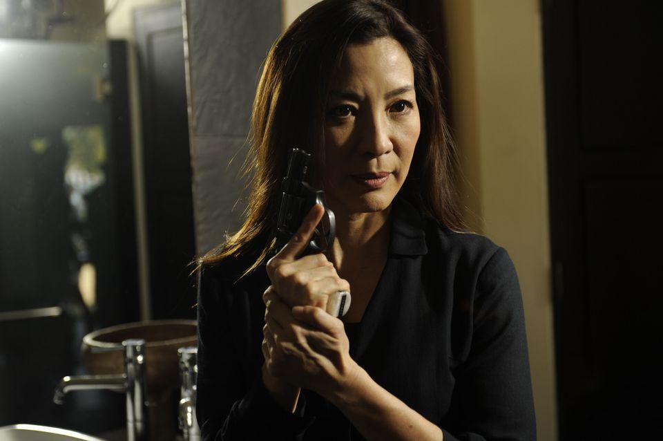 Michelle Yeoh as Li-Na
