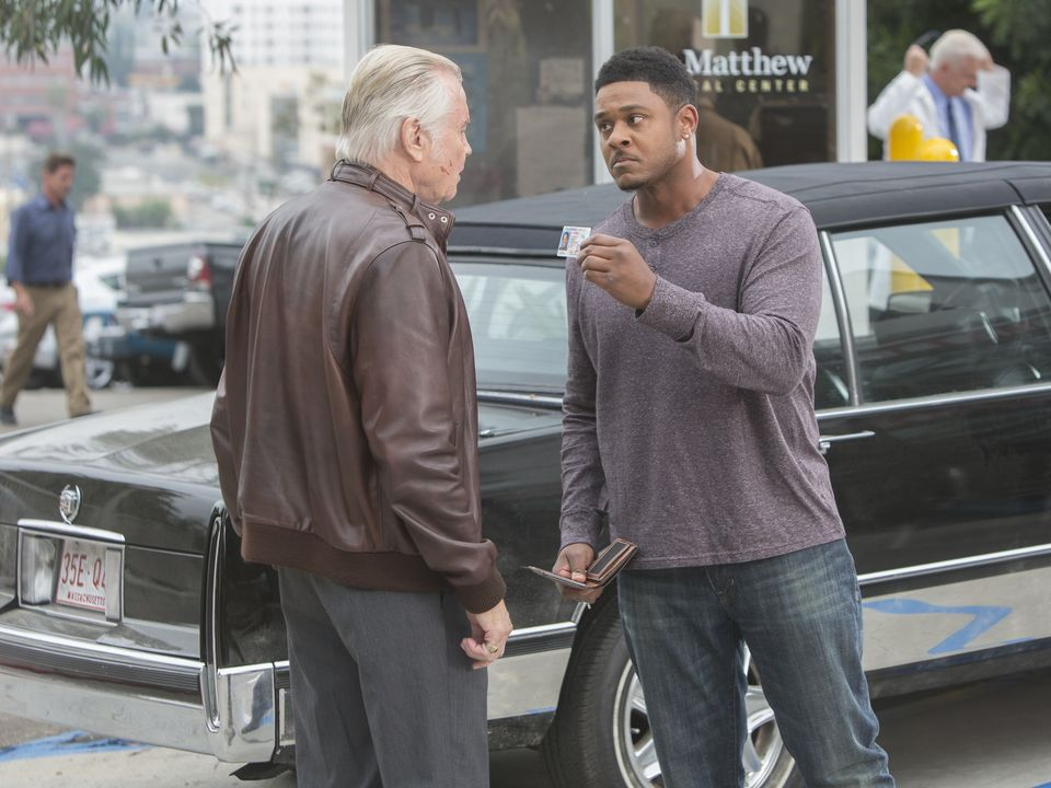 Credit: Showtime - Jon Voight as Mickey Donovan and Pooch Hall as Daryll