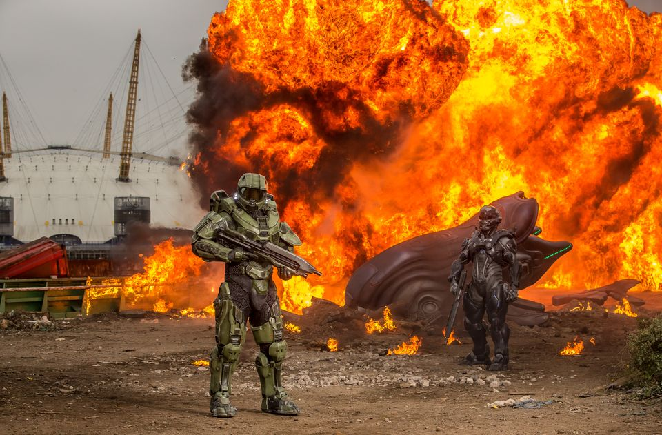 Halo's iconic lead character, The Master Chief, landed with a bang by The O2 this morning, to mark the launch of Halo 5 Guardians on Xbox One on Oct. 27
