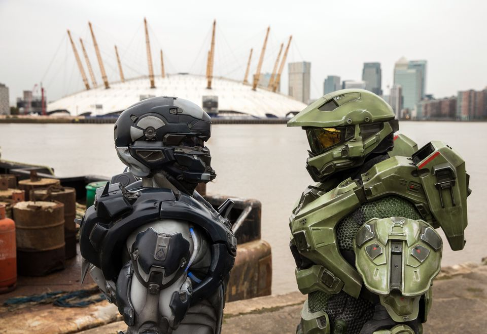 IMAGE.1 Halo's iconic lead character, The Master Chief, landed with a bang by The O2 this morning, to mark the launch of Halo 5 Guardians on Xbox One on Oct. 27