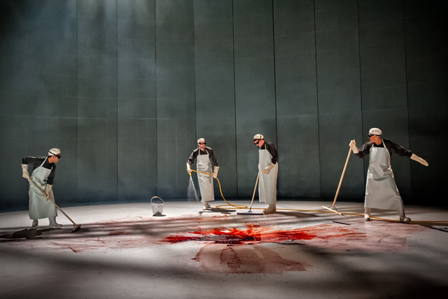 Brutal and visceral stagecraft in Richard III at West Yorkshire Playhouse. Photographer: Anthony Robling.