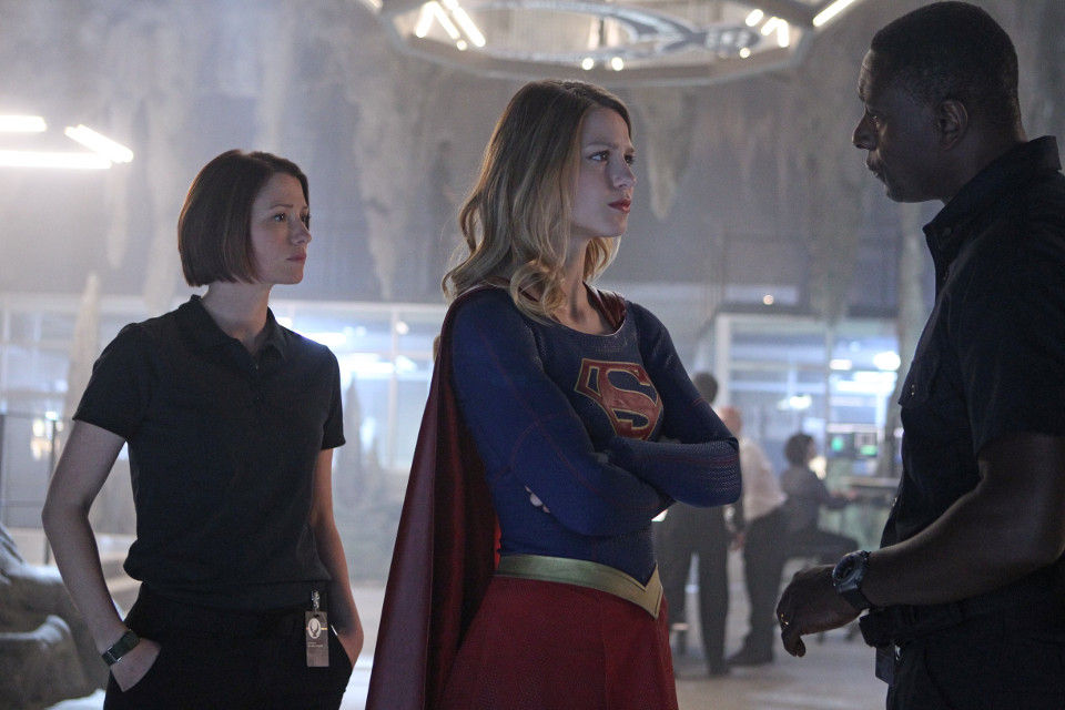 supergirls1e1-1
