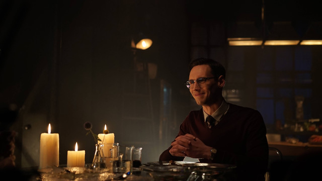 "Cory Michael Smith as Edward Nygma.Gotham 2, ep. 4 ""Strike Force"""