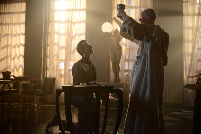 "James Frain as Theo Galavan.Gotham 2, ep. 5 ""Scarification"""