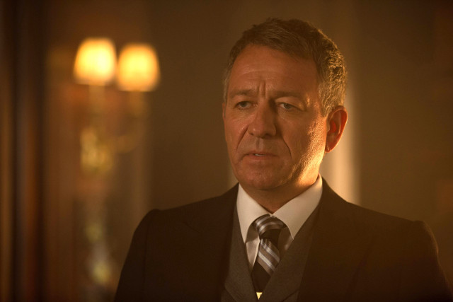 """Sean Pertwee as Alfred Pennyworth.Gotham 2, ep. 7 """"Mommy's Little Monster"""""""