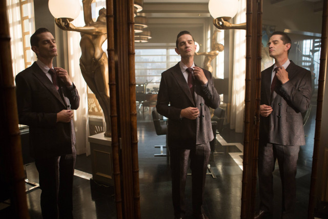 "James Frain as Theo Galavan.Gotham 2, ep. 7 ""Mommy's Little Monster"""