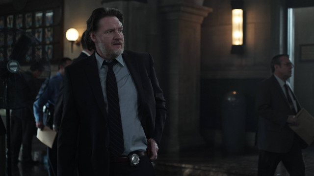 "Donal Logue as Detective Harvey Bullock.Gotham 2, ep. 8 ""Tonight's the Night"""