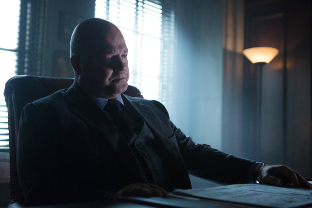 "Michael Chiklis as Nathaniel Barnes.Gotham 2, ep. 8 ""Tonight's the Night"""