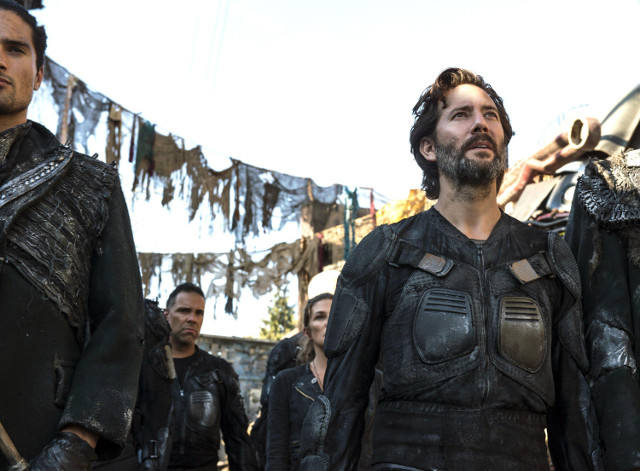 """The 100 Series 3: Episode 3 - """"Ye Who Enter Here"""""""