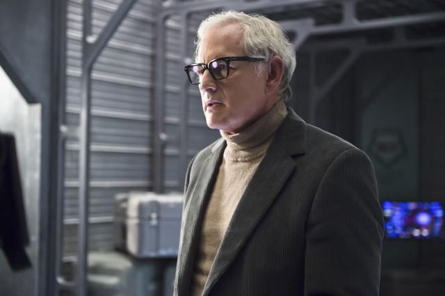 Victor Garber as Dr. Martin Stein.