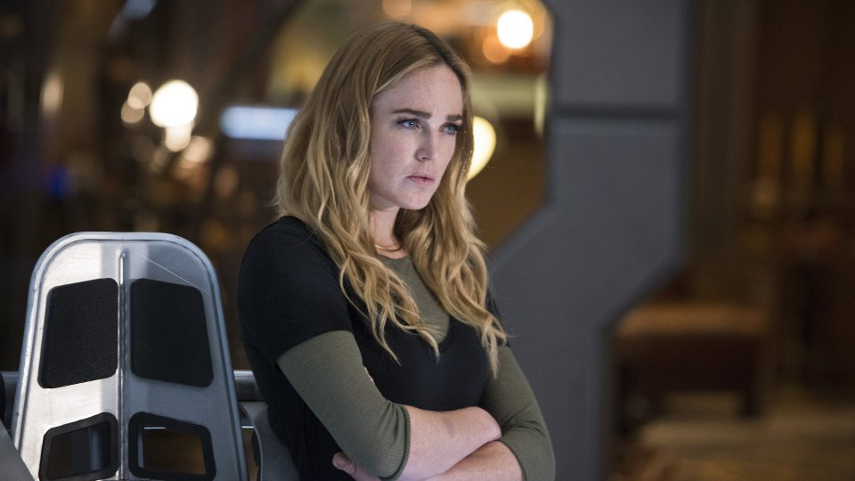 "DC""s Legends of Tomorrow 1x04"