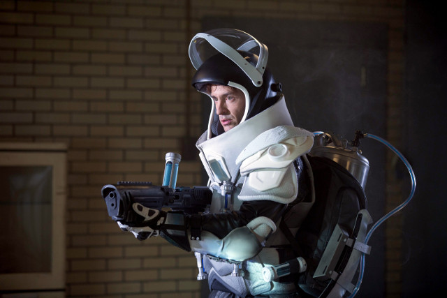 "Nathan Darrow as Mr. Freeze.Gotham 2, ep. 13 ""A Dead Man Feels No Cold"""