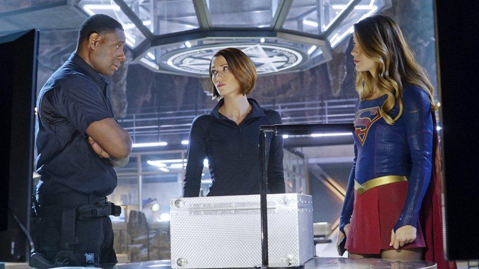 Supergirl 1x12