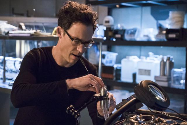 Tom Cavanagh as Dr. Harrison Wells.