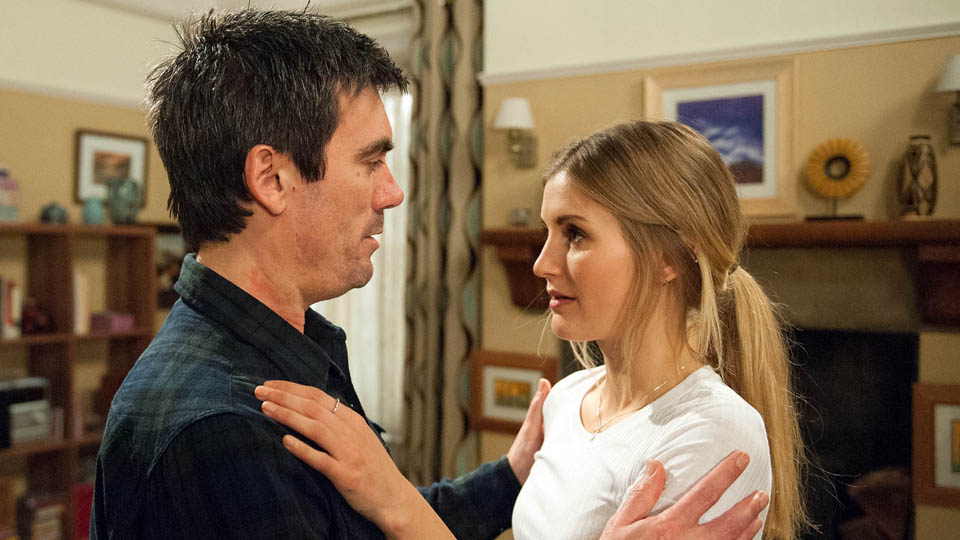 Cain Dingle & Holly Barton, Emmerdale