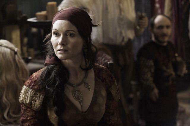 © HBO - Essie Davis as Lady Crane