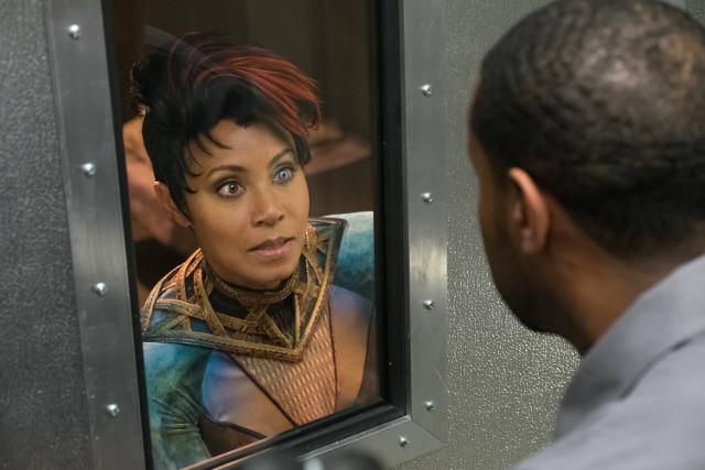 "Jada Pinkett Smith as Fish Mooney.Gotham 2, ep. 21 ""A Legion of Horribles"""