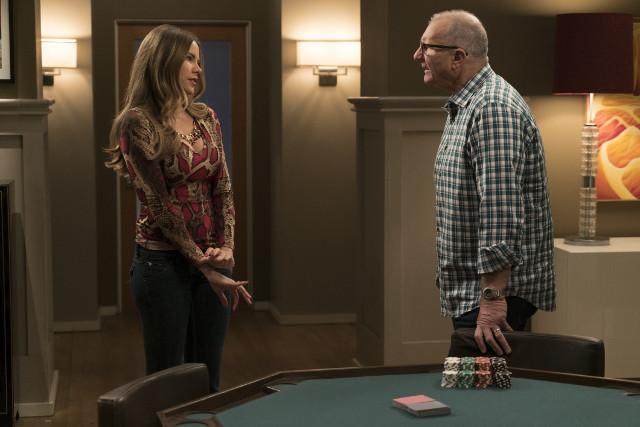 "(L-R): Gloria (Sofia Vergara) and Jay (Ed O'Neill) in ""Man Shouldn't Lie."""