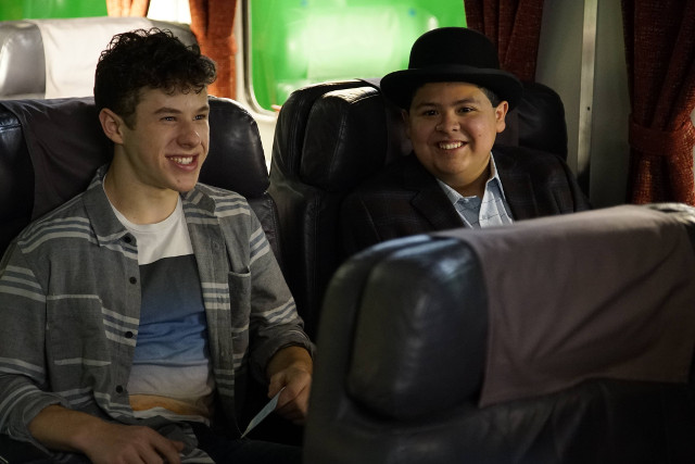 "(L-R): Luke (Nolan Gould) and Manny (Rico Rodriguez) in ""Crazy Train."""