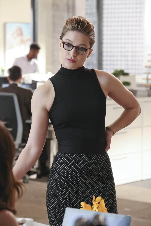 "Melissa Benoist as Kara Danvers.Supergirl 1, ep. 16 ""Falling"""