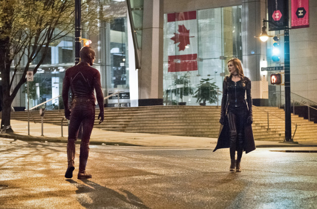 The Flash - Series 2 - Episode 22 - Invincible