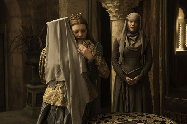 © HBO - Dianna Rigg as Olenna Tyrell, Natalie Dormer as Margaery Tyrell, Hannah Waddingham as Septa Unella