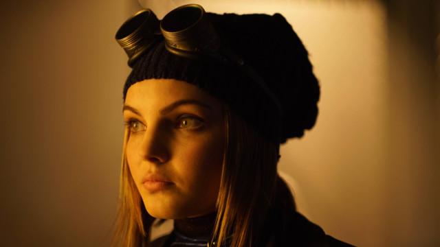 Camren Bicondova as Selina Kyle (Future Catwoman)