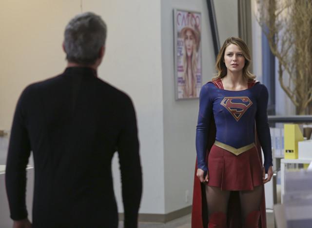 Chris Vance as Non and Melissa Benoist as Kara Danvers/Kara Zor-El/Supergirl.