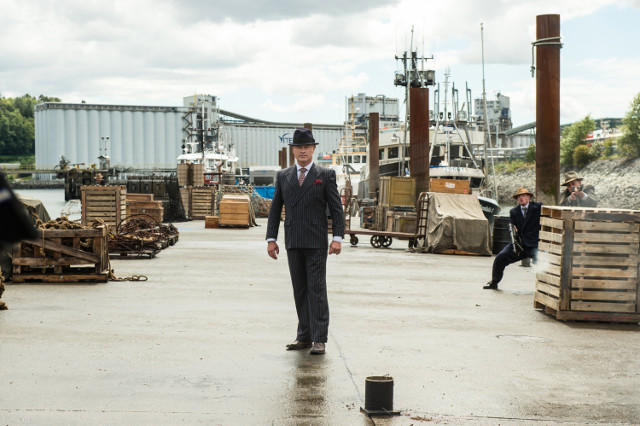 """Neal McDonaugh as Damien Darhk.DC's Legends of Tomorrow 2, ep. 1 """"Out of Time"""""""