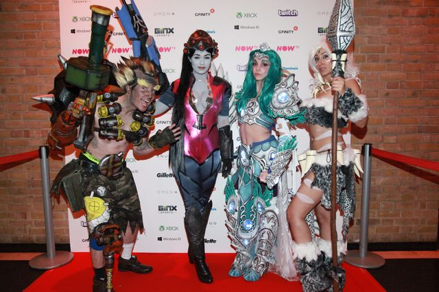 esia_cosplayers