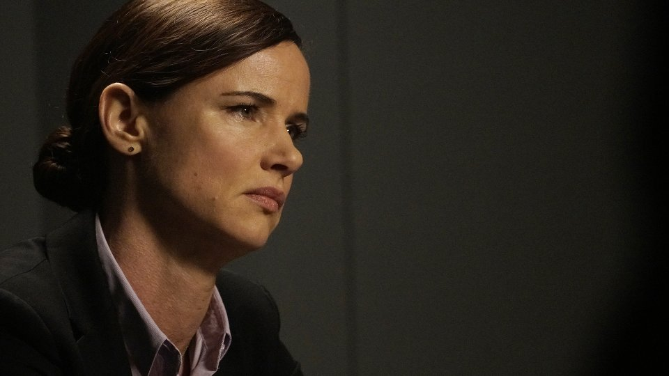 Secrets and Lies 2x06
