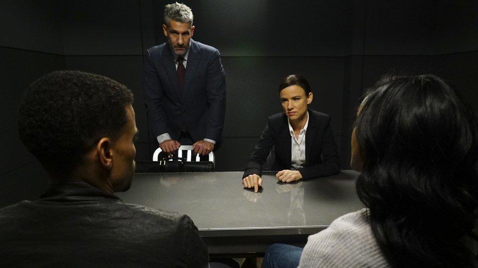 Secrets and Lies 2x10