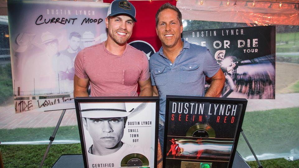 Dustin Lynch and Jon Loba
