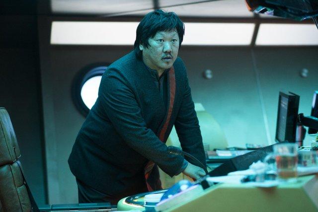 Andrews (Benedict Wong)