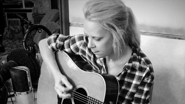 is mary chapen carpenter gay