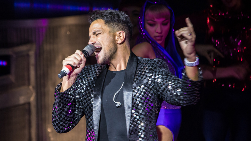 Peter Andre Thriller Live 4000th performance