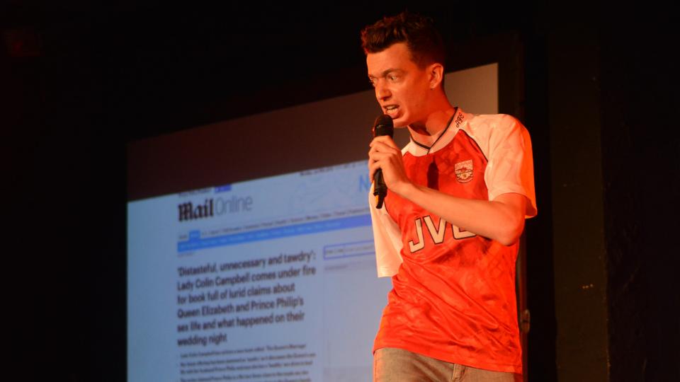 Interview: Dan de la Motte explores his online message board obsession at The Tramshed
