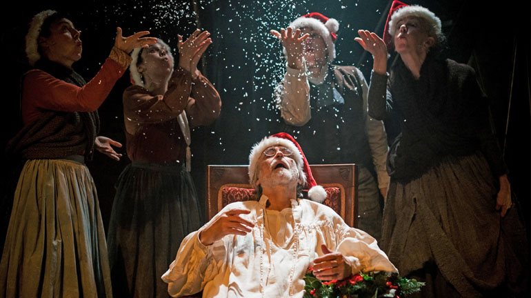 Cast of A Christmas Carol incl Robert Pickavance (Scrooge). Credit Andrew Billington
